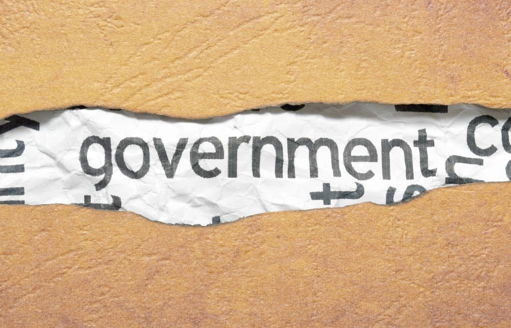 纽约联储主席威廉姆斯:联邦债务达25.6万亿美元但仍有足够空间增长