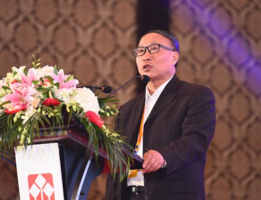 范剑平:金融去杠杆会造成整个经济的产业结构调整