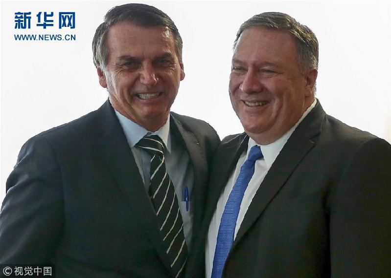 当地时间2019年1月2日,巴西巴西利亚,美国国务卿蓬佩奥与巴西新上任总统博索纳罗会面。(图片来源:视觉中国)
