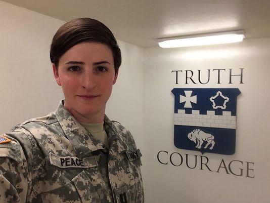 资料图片:美陆军上尉詹妮弗·皮斯是一名变性士兵,已多次派驻阿富汗作战。(图片来源于网络)