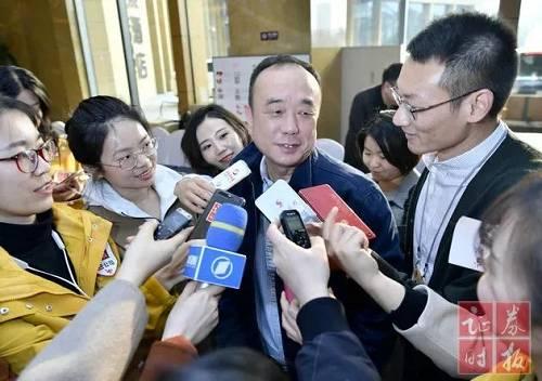 全国政协委员刘尚希:隐性债务不能等同于政府债务