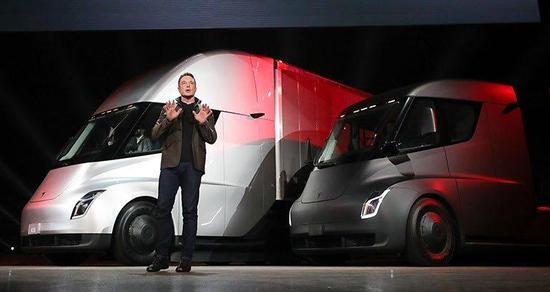 特斯拉新预定页面上线 创始人版半挂卡车订金达20万
