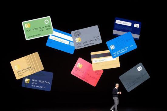 硅谷入侵华尔街:银行业要么打败他们 要么加入他们