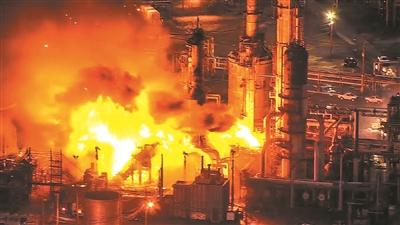 费城炼油厂爆炸 在太空的气象卫星都看到了