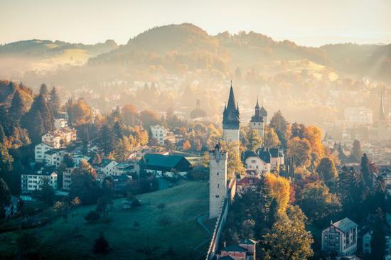 瑞士时隔四年再度成为全球外派人员最爱工作地点