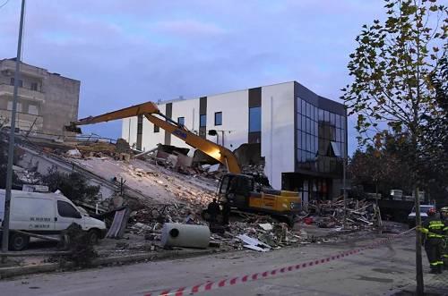 30人死600多人伤 这个欧洲国家遭遇30年最强地震