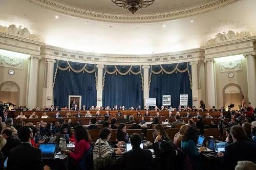 12月4日,美国国会众议院司法委员会举行针对总统特朗普弹劾调查的公开听证会。