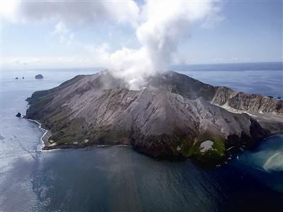 怀特岛火山喷发已致5死