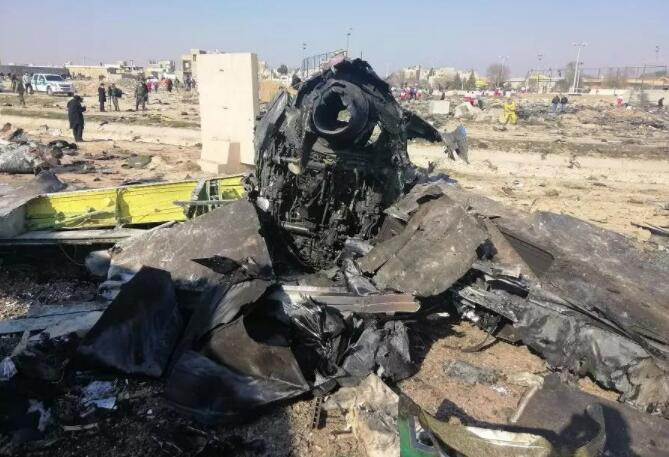 """全球震惊!伊朗承认误击客机外媒:堪比""""切尔诺贝利时刻""""……"""
