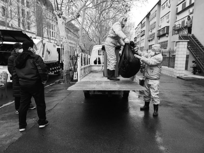 用电脑赚钱:废口罩的回收之旅