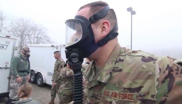 """优先保障战备还是军人健康?美媒称美军高层已""""焦头烂额"""""""