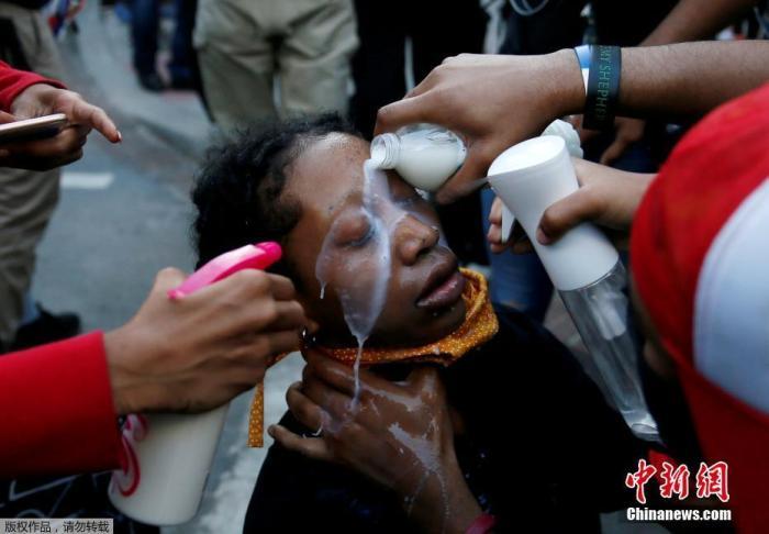 美国示威引发的骚乱已致至少11人死亡 多为非裔
