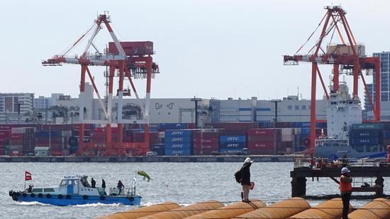 日本5月出口锐减28.3%!对美出口减半,贸易逆差8334亿日元