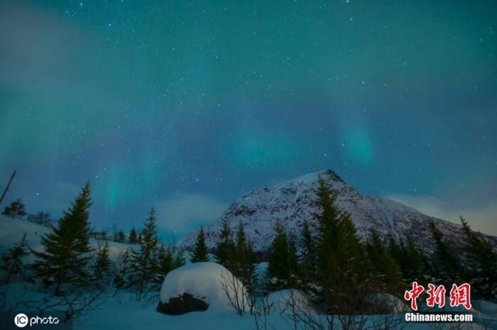 警惕!挪威北极圈群岛气温创新高 或致冻土解冻引发雪崩