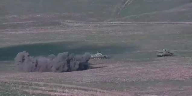 这两个国家爆发战争!坦克、火炮部队、航空兵、无人机已同时出动
