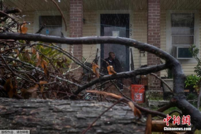 """飓风""""德尔塔""""登陆美路易斯安娜州 或伴随致命巨浪"""
