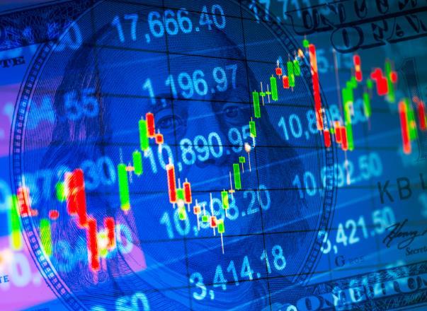 港股收市表现分化 恒指跌48点 科技升0.8%