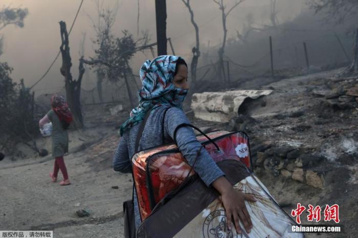 联合国难民署:新冠疫情引发保护危机近4000万人无法获得援助
