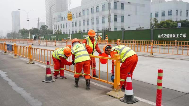 持续做好项目周边环境整治工作!杭州钱塘新区下沙路与12号路提升改造及附属配套工程