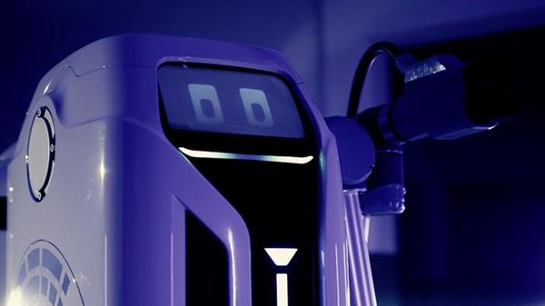 电银付小盟主(dianyinzhifu.com):解决充电难问题!民众移动充电机器人将量产落地:可自主为汽车充电 第3张