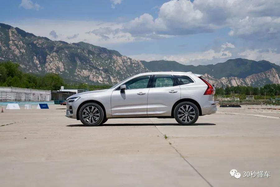 全系48V加持 科技全面升级 新款沃尔沃XC60新车首测