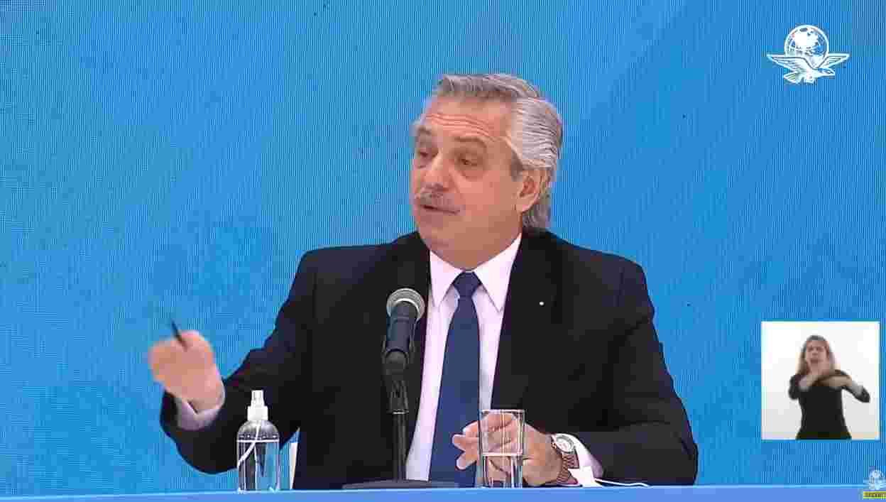 """阿根廷总统称""""巴西人来自丛林""""引发争议后致歉,巴西总统则发了一张图,意味深长!"""