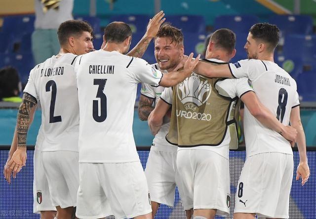 欧洲杯赛程如火如荼,第一轮比赛结束拉开赛事高潮