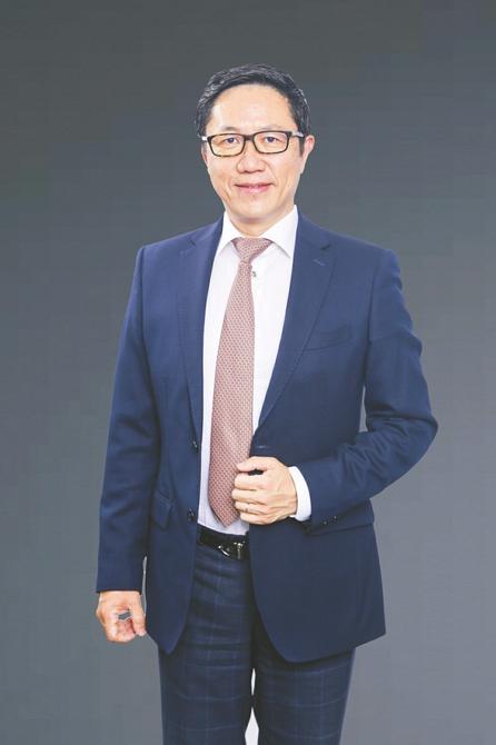 法国里昂商学院副校长、亚洲校区校长王华:未来商科学生要具备四种能力