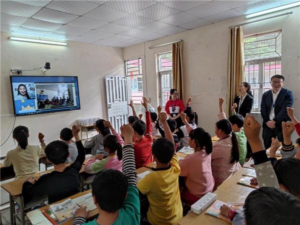 阿卡索借助教育公益的力量,让更多孩子享受优质素质教育