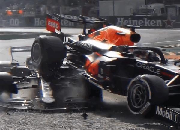"""F1比赛维斯塔潘赛车被铲飞!""""人字拖""""系统救汉密尔顿一命"""