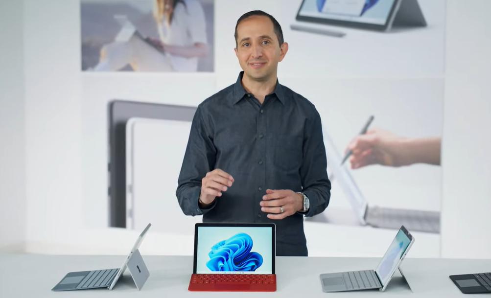 微软秋季发布会:Surface Pro 8配备雷电4接口 旗舰Laptop Studio支持三种形态